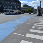 Bicycle lane marking at an intersection